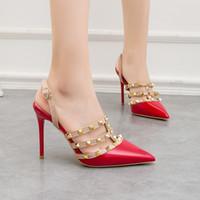 Designer sexy appuntito rosso festa di nozze pompe rivetti stile romano 10cm sottili scarpe da discoteca tacchi alti indietro vuoti 5 colori