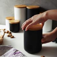 Nordic Jar armazenamento cerâmico com Airtight Lid Bamboo Sealed Ceramic vasilha Conjunto de 3 Container for Coffee Tea Sugar Spice Preto Branco