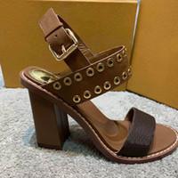 الصنادل مصمم مصارع الأحذية برشام الصنادل المرأة السوداء البني الأبيض الإيطالي الأزياء مثير تطرفا الكعب العالي للمرأة 2020