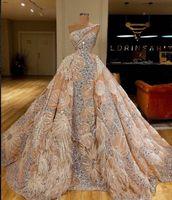 Luxe Major perles Robes de bal une épaule Tulle cristal classique célébrité robe de soirée fleurs plumes Pageant Robe Dubai africaine