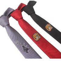 Вышивка галстук Узкий стиль Цветочный Тигр 5см Личность Узкие тонкие галстуки Досуг Красные черные галстуки 2 шт. / Лот