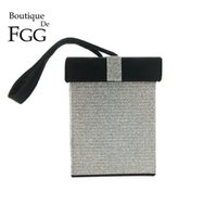 Boutique De FGG Kontrastfarbe Damenmode Crystal Day Clutches Handtasche Geschenkbox Abend Wristlets Tote Clutch Bag