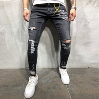 ropa de hombre Erkek Yeni Siyah Elastik Ayak Delikler Harf Pantolon Moda Slim Fit Jeans Homme Düzenli yazdır