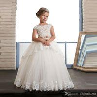 Arabisch Dubai Stil Formale Blumenmädchenkleider für Hochzeiten Prinzessin Ballkleid Gold Appliques Bogen Schärpe lange Party Prom Kleider für Jugendliche