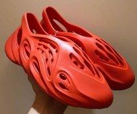 Sommerschaumstoffe Hausschuhe Männer Frauen Clag Triple Black White Bone Beach Sandalen Outdoor Slip-on Schuhe Online Sale