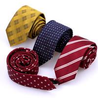 Hommes Femmes Ties New Mode Plaid Cravates Corbatas Gravata jacquard tissé mince cravate à rayures de mariage d'affaires Cravate 6cm Largeur de haute qualité