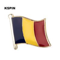 تشاد شارات العلم شارة العلم Lapal دبوس على ظهره دبابيس للملابس KS0215
