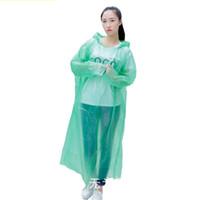 Adultes Un temps jetable Imperméables PE plastique Sweats à capuche Poncho pluie Manteau Climb couleur solide doit Rainwear Fit unisexe Livraison gratuite 1 9fs E19