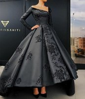 2019 Vintage Black Prom Dresses Long Sleeve V Neck Lace Appl...