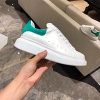 منصة Kanye عارضة الأحذية الدانتيل يصل مصمم الراحة جميلة فتاة النساء أحذية رياضية أحذية جلدية الرجال النسائية أحذية رياضية حذاء الهواء