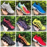 2019 The Bumblebee Men Nike Vapormax TN Plus Running Shoes Triple Black White Sunset Photo Blue Designer Shoes Sport Sneakers Entrenadores 40-45