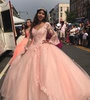 2020 Pfirsich-Rosa-Ballkleid Quinceanera Kleider plus Größen-lange Hülsen-Spitze-Abschlussball-Kleid-Partei-Fräulein-Festzug Günstige Bonbon-16 Kleid 134