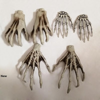 Halloween Skeleton Hands Witch mani per Horror decassettamento plastica Bar Haunted House Halloween decorazione puntelli decorazioni 2pcs sacco RRA1637 /