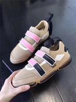 حار بيع إيه الفاخرة تنفس الرجل الأحذية النسائية أعلى جودة عارضة مصمم أحذية الحجم 36-45 نموذج 261005428