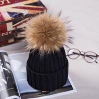 Quente inverno malha chapéu de pele real engrossar espinhos chapéu com real guaxinim pom pom poms mulheres moda de natal quente caps snapback chapéus
