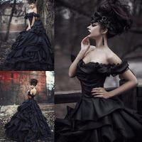 2020 Vintage robe de bal gothique noir robes de mariée Encolure Volants Jupe drapée hiérarchisé luxe Pays Custom Plus Taille Robes de mariée