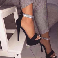 Tacchi piattaforma Zip Sandali estate delle donne scarpe dei tacchi alti di cristallo Peep Toe diapositive Nero Zapatos Mujer Hollow Pompe