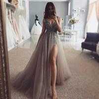 Zarif Seksi Yüksek Yan Bölünmüş Gelinlik 2020 Yeni Derin V Yaka Pullarda Tül Uzun Gri Abiye Giyim Şeffaf Arkalıksız Gelinlik Custom Made