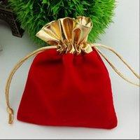 7 ** 9cm المخملية مطرز الرباط الحقائب 4COLORS 50PCS / LOT مجوهرات تغليف الزفاف هدايا عيد الميلاد حقيبة أسود أحمر أزرق النبيذ الأحمر هدايا عيد الميلاد