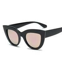 Оптово-Cateye Солнцезащитные очки Matt black Женщины Мужчины Марка Дизайнер Cat Eye Пластиковые солнцезащитные очки для женщин Clout Очки UV400G