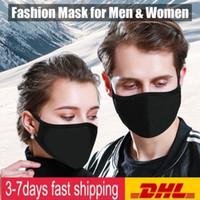 US estoque! Ciclismo Vestindo máscara anti-poeira de algodão Boca Rosto PM 2,5 Máscara Máscara Unisex Homem Mulher Black White Fashion Designer