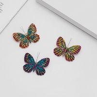 Avrupa ve Amerikan saray tarzı Retro renk elmas alaşımlı kelebek broş böcek hayvan broş iğneleri işlemeli yağ damla broşlar