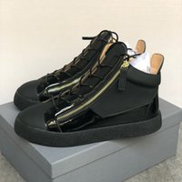 Kriss Sneakers Black Velvet Mid-top de homens Top Quality Frankie Sneaker Low-top Formadores com sapatos Side Zips Escombros Sole corredor com Box