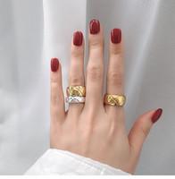 Modedesigner Frauen Ring Titan Stahl Wide und Kleine Plaid Paar Ring Gold Silber Rose Gold Fingerring Hochzeit Schmuck Geschenk