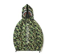 Autumn Winter Men' s Green Camo Polyester Hoodies Windbr...