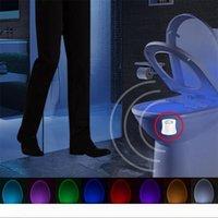 Туалетная ночная света светодиодная лампа смарт ванная комната человеческое движение активировано PIR 8 цветов автоматическая подсветка RGB для туалетов