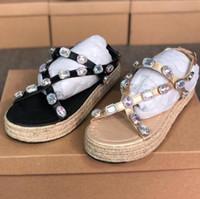 Designer de novos produtos de couro strass sandálias plataforma sandálias de verão das mulheres chinelos sandálias sapatos de noite das mulheres