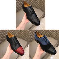 Yüksek Kaliteli Erkekler Elbise Oxfords Ayakkabı Kabartmalı Hakiki Deri Kırmızı Alt Dantel-Up Dipleri Moda Düğün Iş Resmi Lüks Rahat Ayakkabı Size38-45