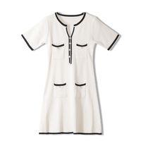 726 2020 Livraison gratuite Automne Pull ras du cou Parti Robes Kint manches courtes Mode Noir Blanc Femmes Vêtements