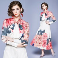 Banulin Moda Pist Tasarımcı Maxi Elbiseler Kadın Uzun kollu Bow yaka Şık Gül Çiçek Baskılı Pileli Uzun Elbise