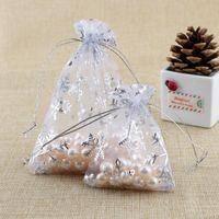 Branco com floco de neve cordão de organza sacos atacado presentes de casamento de doces do Natal malas Jóias embalagem Pouch presente pacote sacos