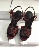 Пользовательские знаменитости обувь Tribute патенты кожаные сандалии Гладиатор сексуальные платформы на высоких каблуках сандалии Женщина пряжки ремень Sandalias Mujer