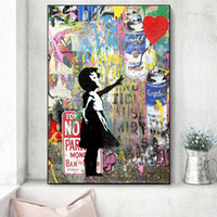 Fille Holding A Peintures Toile Ballon Rue Art moderne mur Graffiti Art Prints On The Wall Photos Chambre enfants Décoration