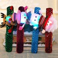 LED Crianças Pulseira Chirstmas Handband Pulseira desenhos animados dos cervos Papai Noel Boneco de neve Círculo Partido Pat Suprimentos Xmas Detalhes no DH0184