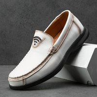 2020 Autumn Casual Slip On Shoes For Men Brown Black Mens Flat Shoes Leather Loafers Mens Soft Sole Driving For Men