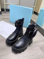 Wholesale Bottes de femmes de haute qualité! Bottes en cuir mat en cuir noir Mode Martin Nylon Bottes Bottes nues Chaussures de designer de luxe Taille 35-41