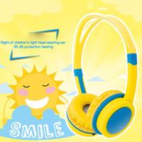 85DB تخفيضات الأطفال فوق آذان سماعات الرأس السلكية بأمان سماعات الأطفال قابل للتعديل عقال الكمبيوتر اللوحي الطفل عمره 4-12 سماعات