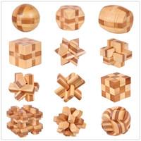 12 Estilo IQ Cérebro Teaser Kong Ming Lock 3D Wooden Interlocking Burr Puzzles Jogo Toy Bamboo Tamanho pequeno para adultos Kids