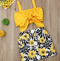 2020 Vente chaude Vêtements de bébé 2pcs Set Nouveau-né bébé fille vêtements mignon gros coquillée tops jupe fleur jupe jaune Summer Beach Streetwear