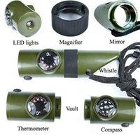 Multifunktionsüberlebenspfeife portable Mini-Outdoor-Camping Wandern 7 in1 Taschenlampe mit Kompass Thermometer SOS Emergency Rescue Tool