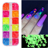 12 Renkler Karışık Sequins Lazer DIY Yıldız Kelebek Yama Nail Art Dekorasyon Çıkartmaları Glitter Flake Tırnak Sequins Manikür Tırnak Malzemeleri Aracı