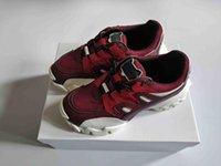 2020 Новая мода Мужчины Женщины Альпинист кроссовки в ткани из натуральной кожи 13 цветов VLOGO Резиновая подошва роскошь дизайнер обуви высшего качества с