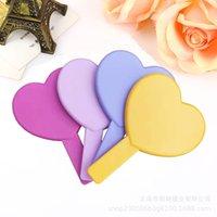 Señora espejo compacto manija mano del corazón Espejos niñas Mujer Muti colores de maquillaje cosmético Lookingglass de un lado para decoración del hogar 2 4MX C2