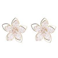 Creux en métal Out fleur Déclaration dormeuses pour femme à la mode doux Floral Tempérament cristal Girl Party Stud
