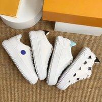 Tempo fora Sneakers Gravado Couro Plataforma Sapatos Mulheres Monograma Branco Flores Debossed Bezerro Elevado Trainer Bleu Denim Flats