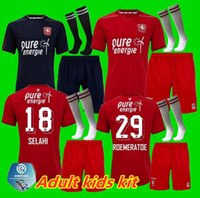 Kit enfants adultes 2020 Jersey 2021 FC Twente Football Accueil 21 Giorgi Aburjania 29 Godfried Roemeratoe 18 Selahi 11 Lindon queensy menig Football
